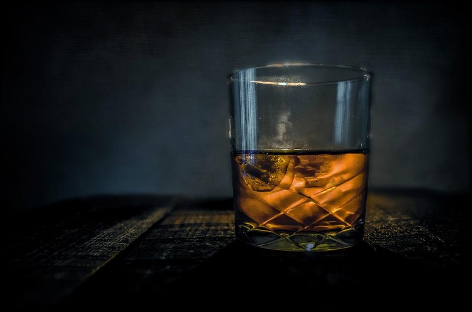 verschil tussen whiskey en bourbon