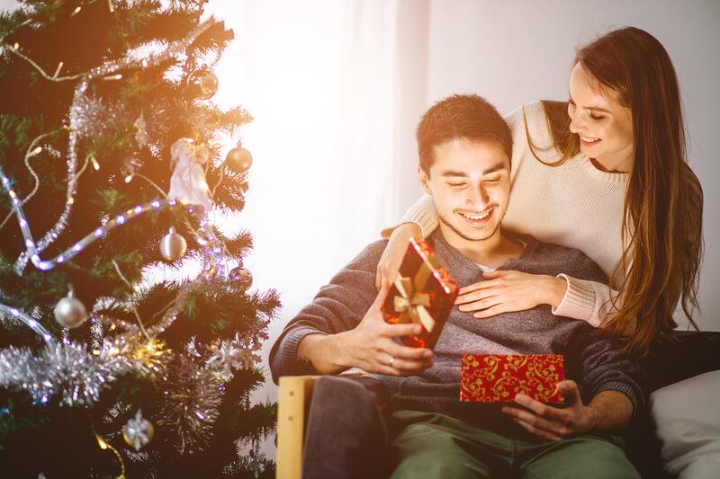 Dating Kerstcadeaus gratis dating apps voor Cougars