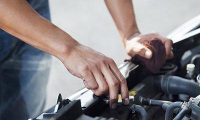 Steeds meer mensen repareren zelf hun auto
