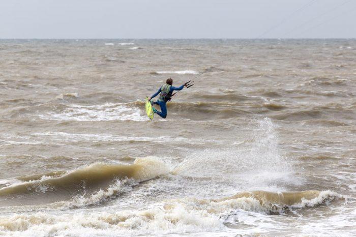 de fijnste kitesurfspots van nederland